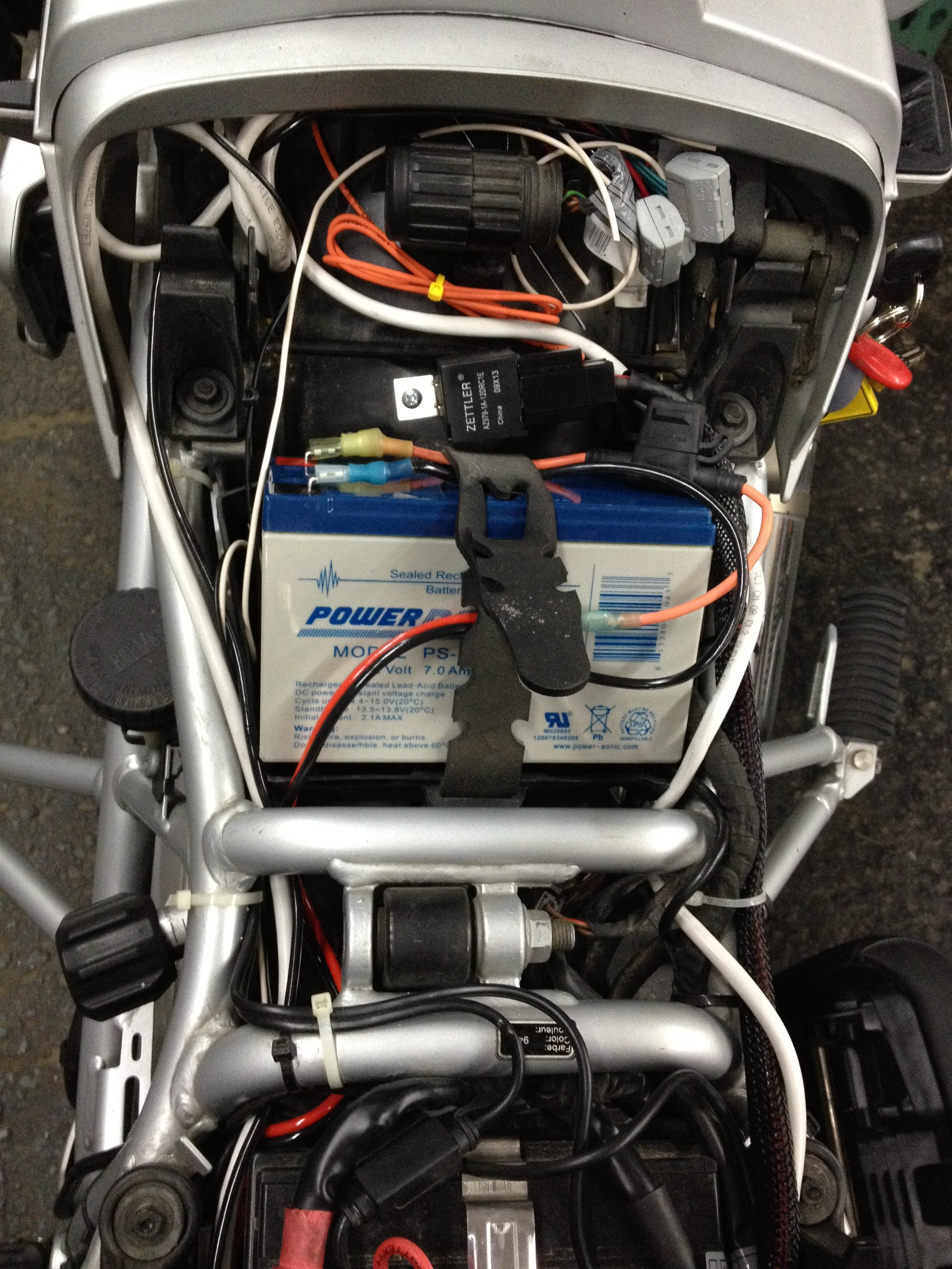 1200GS Centec Fuse Panel. 1200GS Auxiliary Battery
